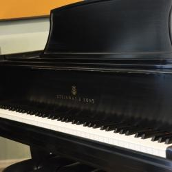 1997-Steinway-L-in-excellent-condition