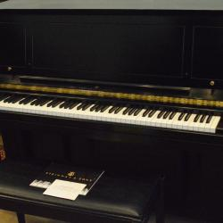 Steinway studio piano in fantastic condition, black
