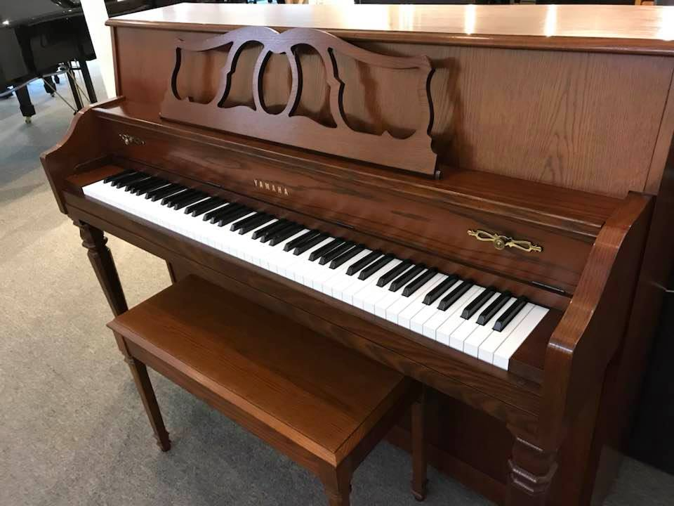 Yamaha console great condition just in sold wells for Yamaha piano denver