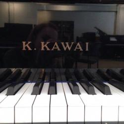 "Kawai GE-1 5'1"" Ebony Polish Grand - Keys"
