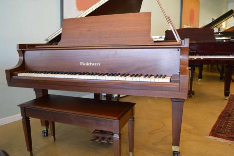 "Baldwin-model-L-6""3""-grand-piano-in-great-condition."